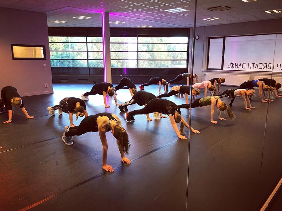 Studio Max Dance Workout Dansschool Warming up Oudewater Groene Hart